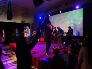 Worship at CdV Mia Flores